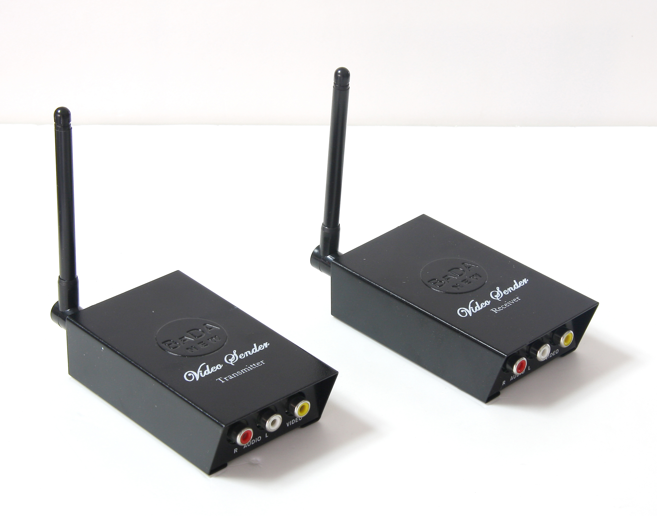 BADA 2.4GHz Wireless Audio Video Transmitter Receiver sender 4 Channels A/V